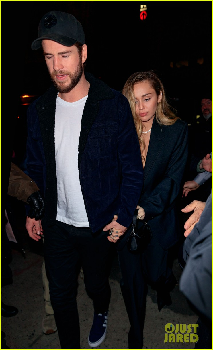 miley cyrus liam hemsworth snl after party 01