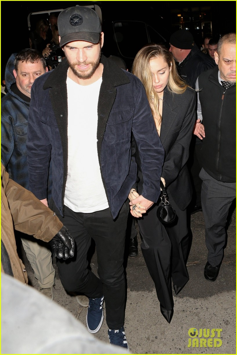 miley cyrus liam hemsworth snl after party 03