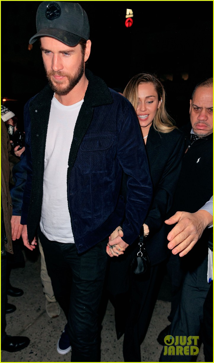 miley cyrus liam hemsworth snl after party 06