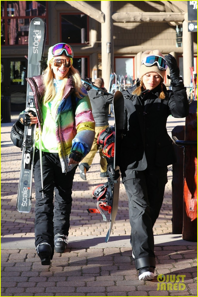sofia richie paris hilton hit the aspen slopes together 05