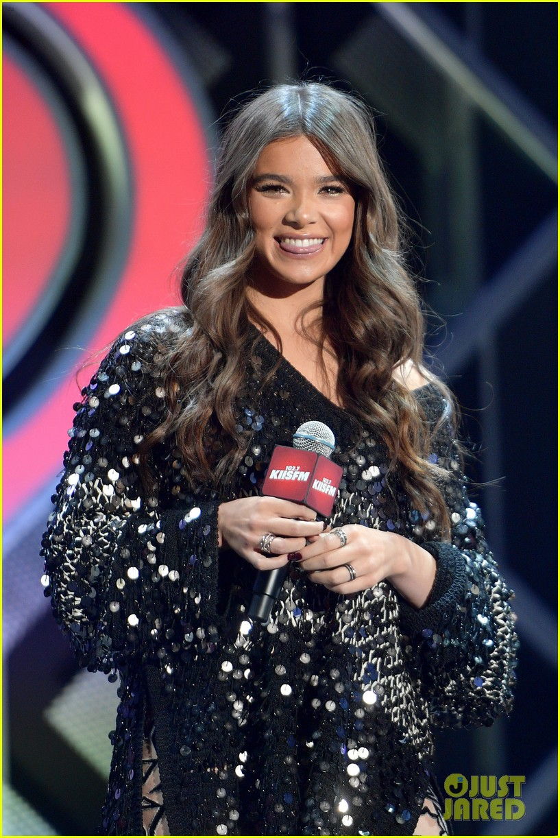 hailee steinfeld jingle ball los angeles 15