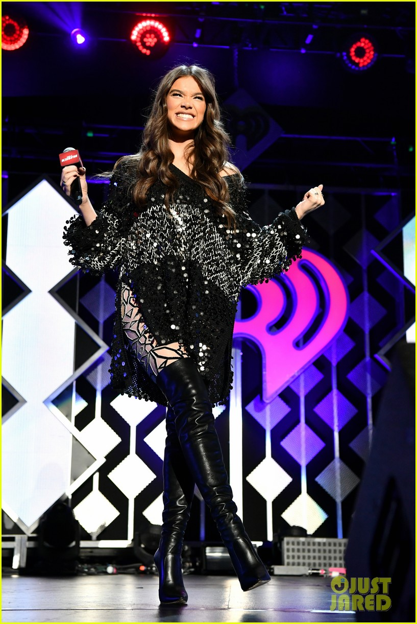 hailee steinfeld jingle ball los angeles 26