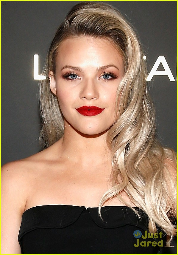 witney carson loreal women worth 03