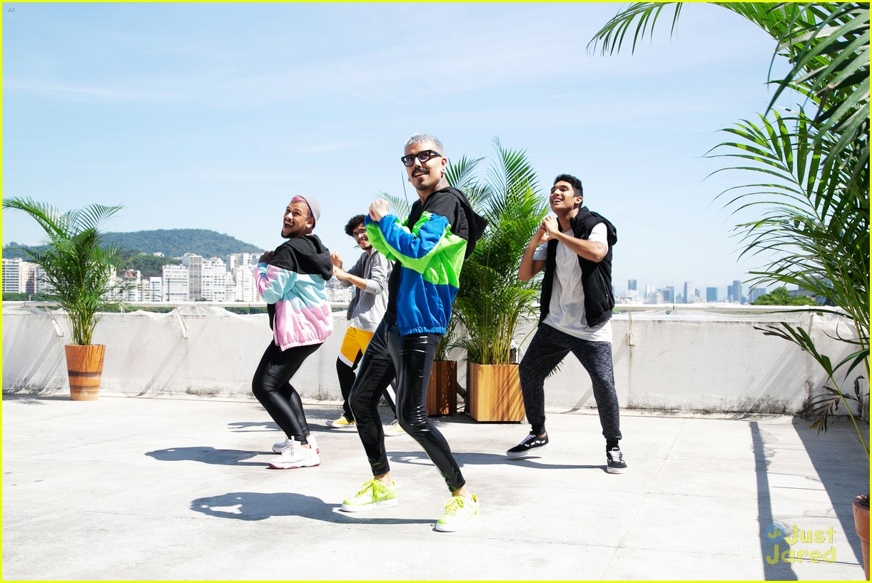YouTube Releases 2018 Rewind Video With Liza Koshy Dolan Twins LaurDIY Amp More Photo 1204127