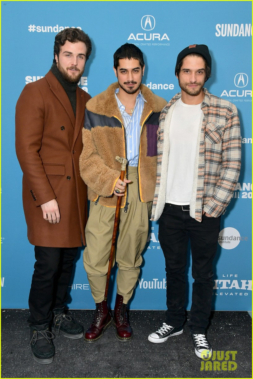 Avan Jogia Shows Off Abs At Now Apocalypse Premiere in