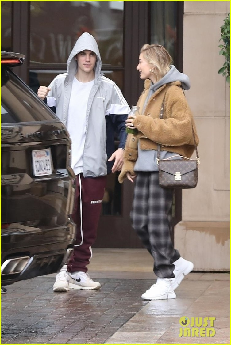 Justin Bieber s Complete Dating History