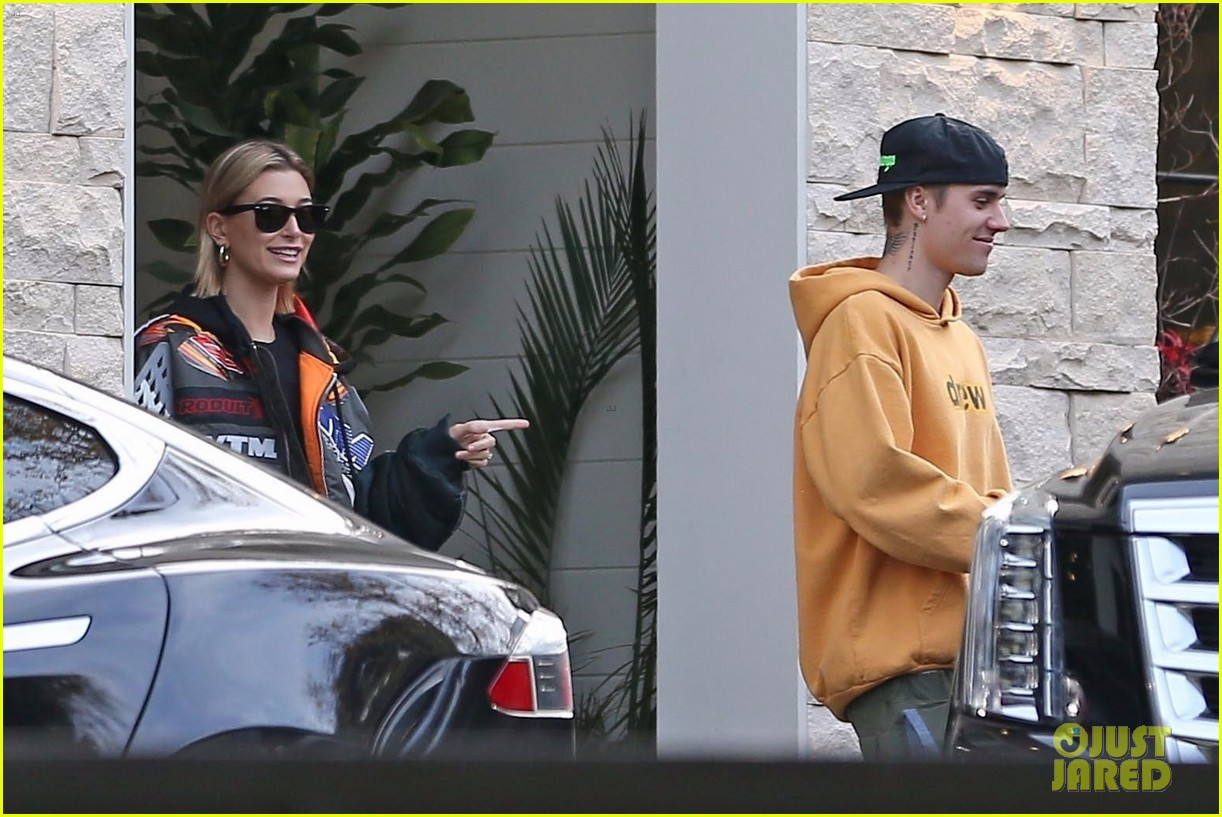 hailey justin bieber end their day with a meeting 03
