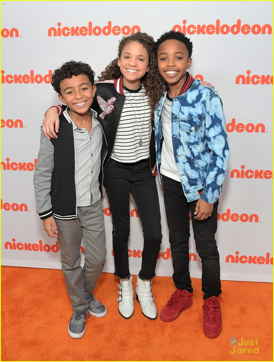 Cousins For Life' Stars Scarlet Spencer & Dallas Young Talk
