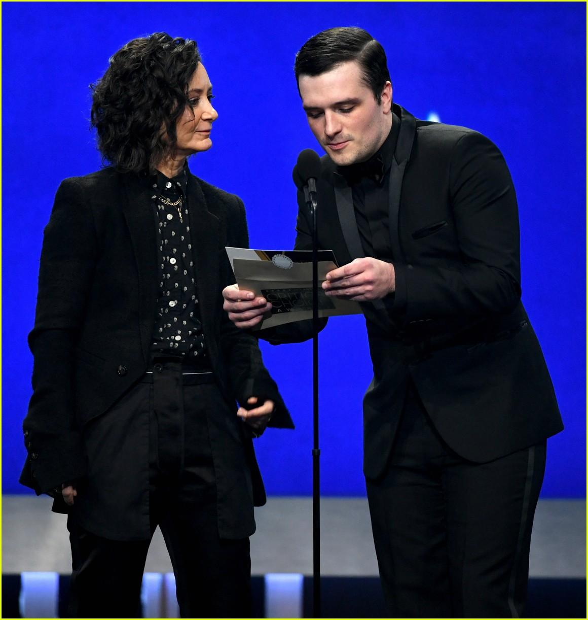 Josh Hutcherson Looks Dapper at Critics' Choice Awards ...