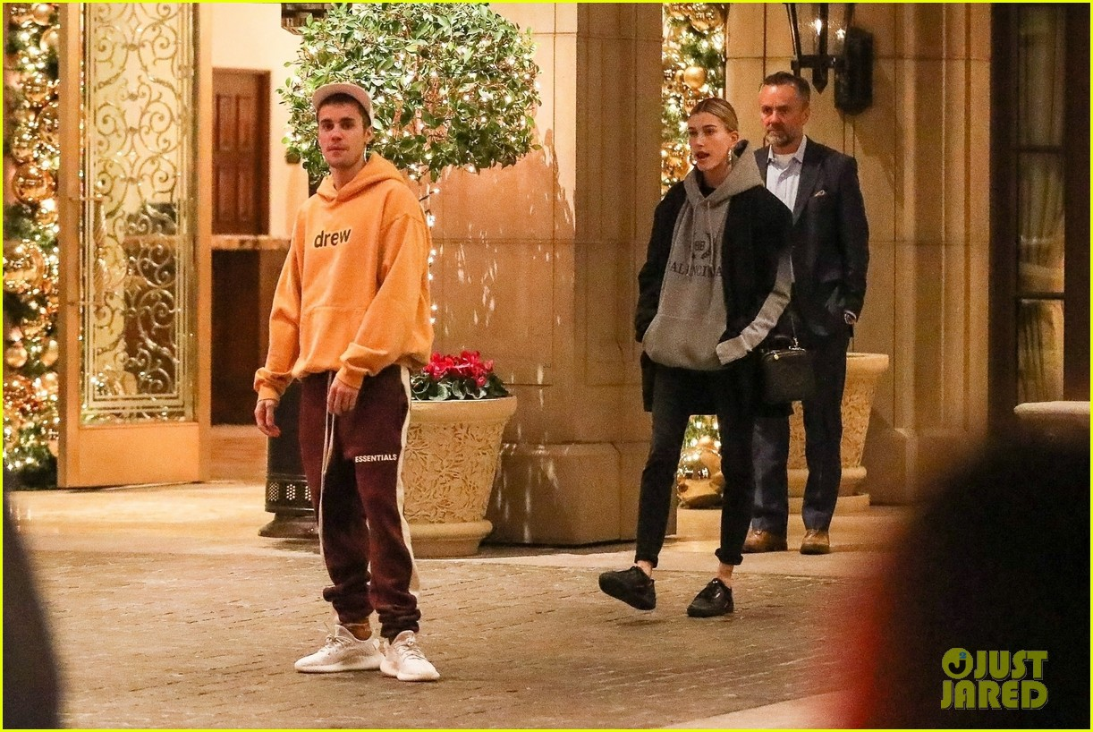 Justin Bieber Sings for His Wife Hailey Bieber After New