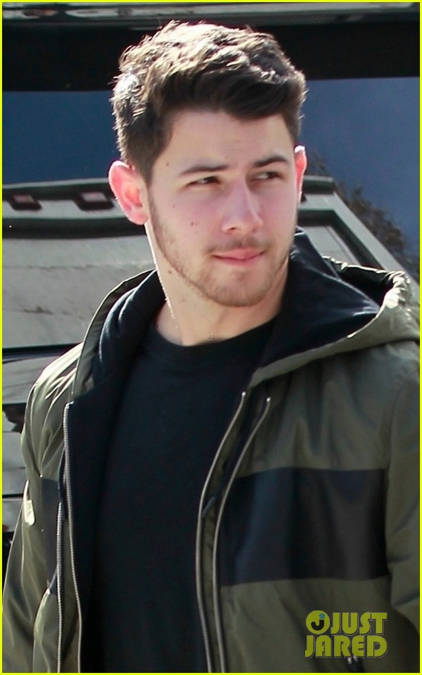 nick kevin jonas meet up for business meeting in weho 01