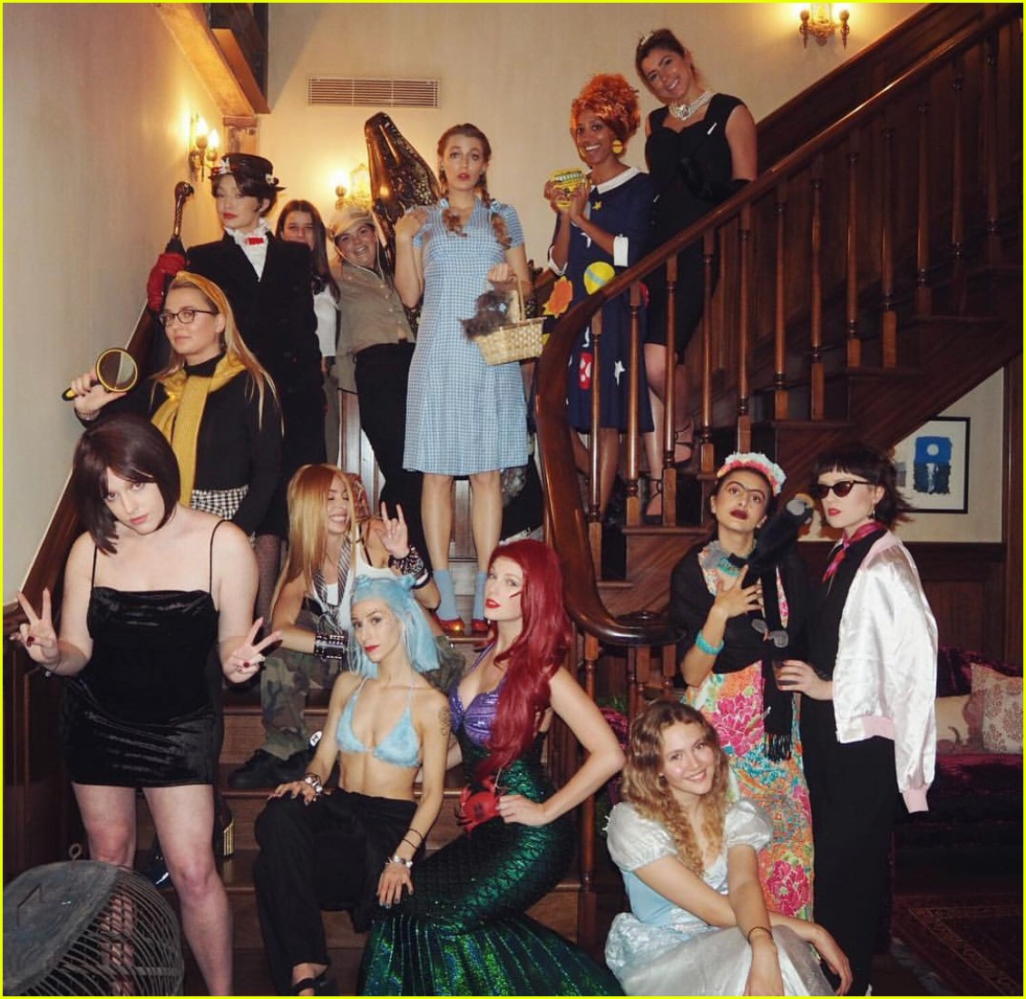 taylor swift new years eve costume party 01