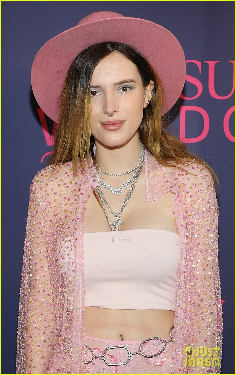 bella thorne poses in sheer pink ensemble pegasus world cup 2019 02