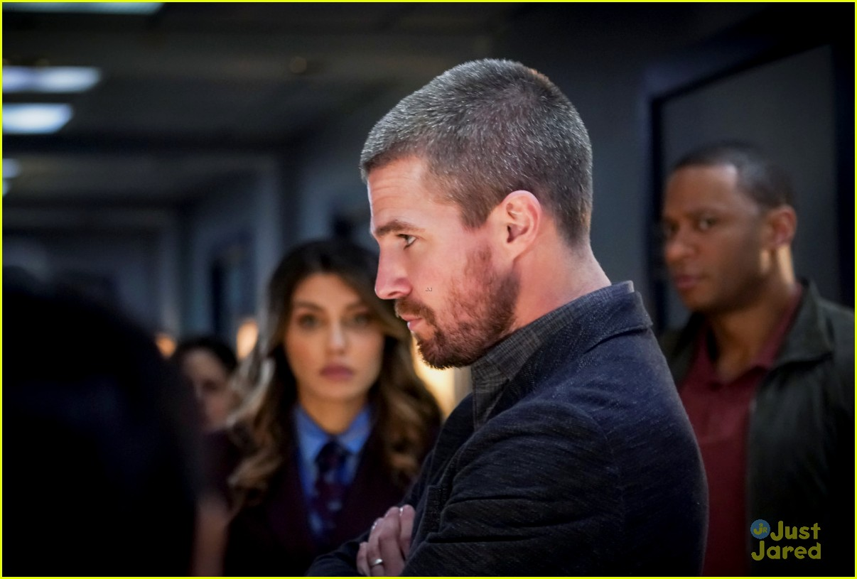 arrow 150th documentary style episode stills 04