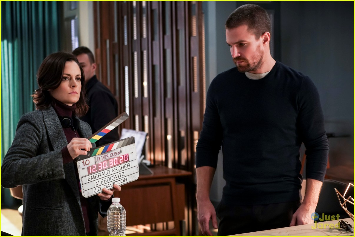 arrow 150th documentary style episode stills 07