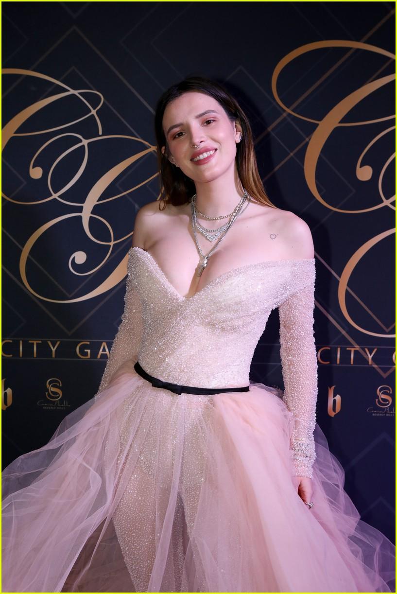 bella thorne city gala 2019 00
