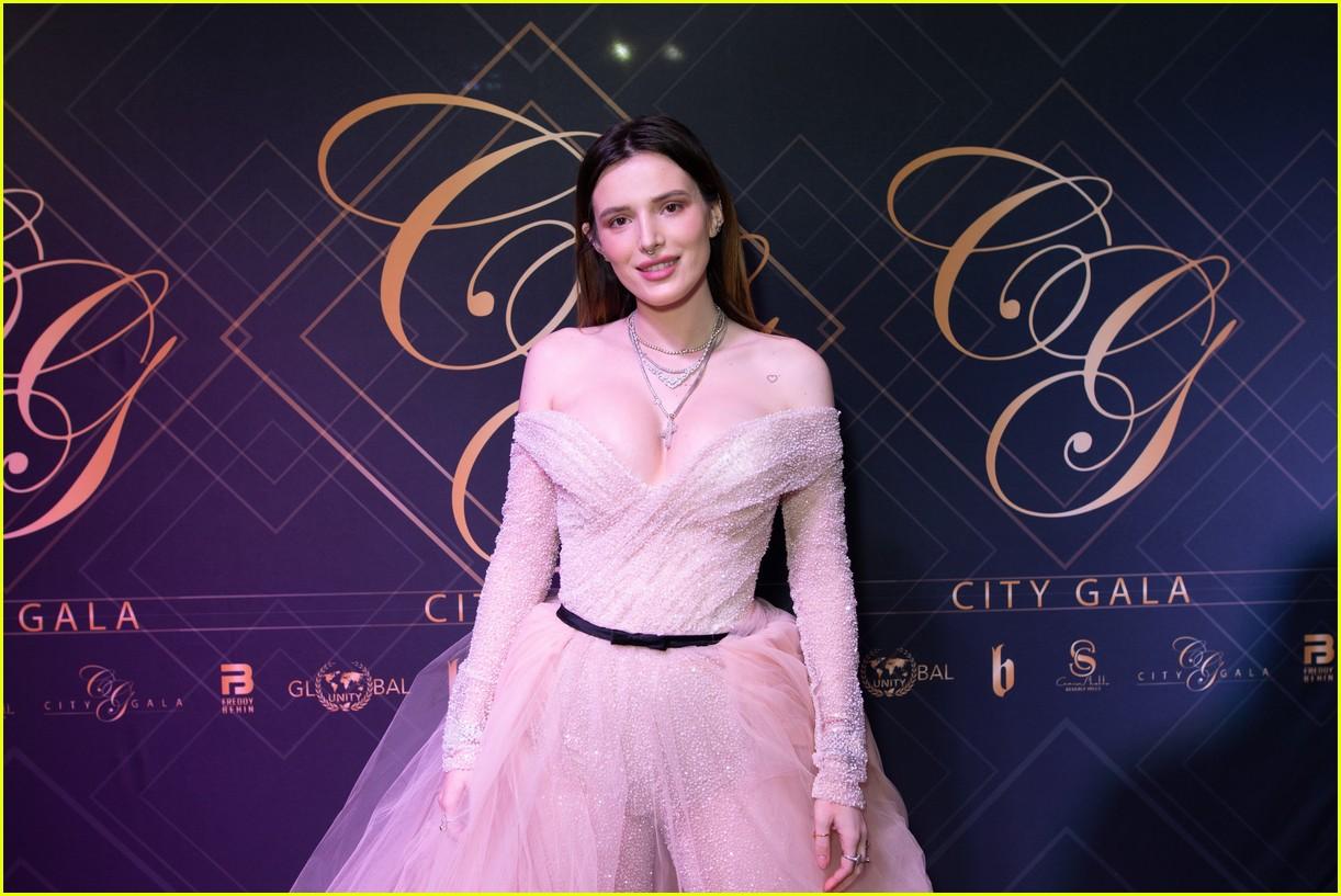 bella thorne city gala 2019 01.