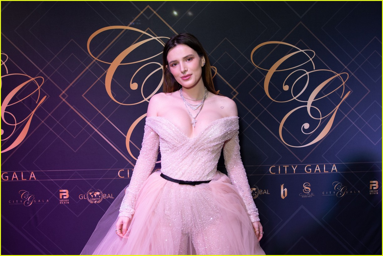 bella thorne city gala 2019 17.
