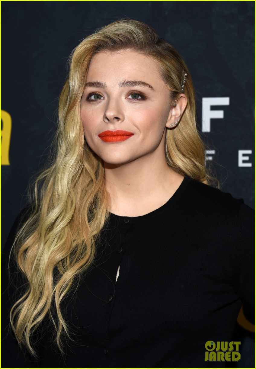 chloe moretz greta premiere hollywood 02