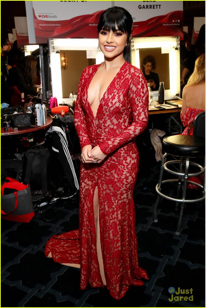 chloe lukasiak becky g skai jackson more red backstage 08
