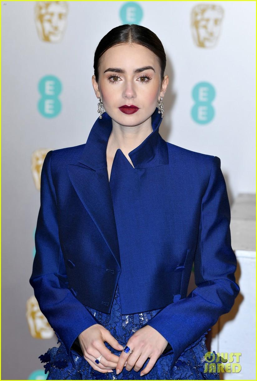 lily collins baftas 2019 02