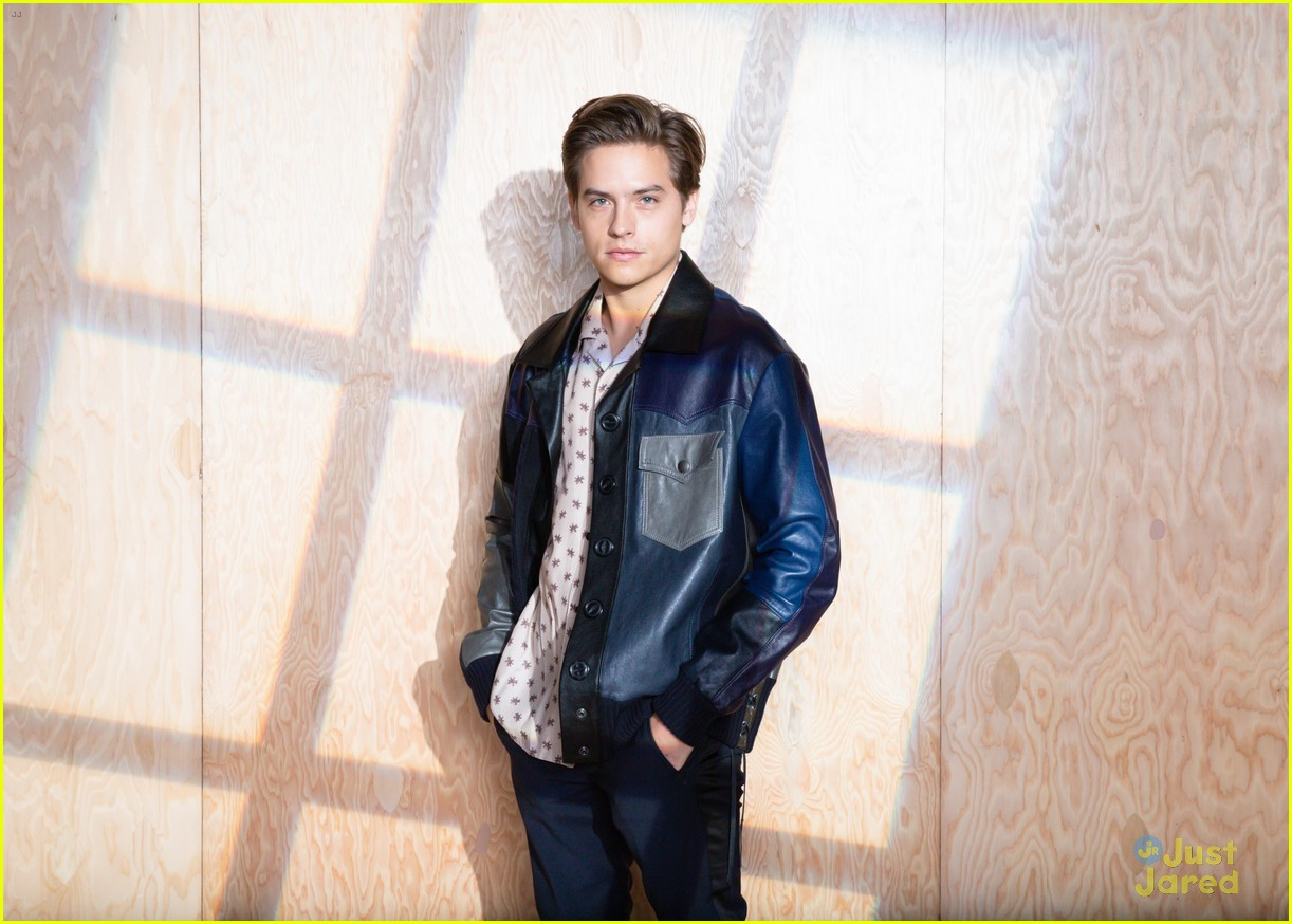 dylan sprouse coach victoria justice cinq nyfw 01
