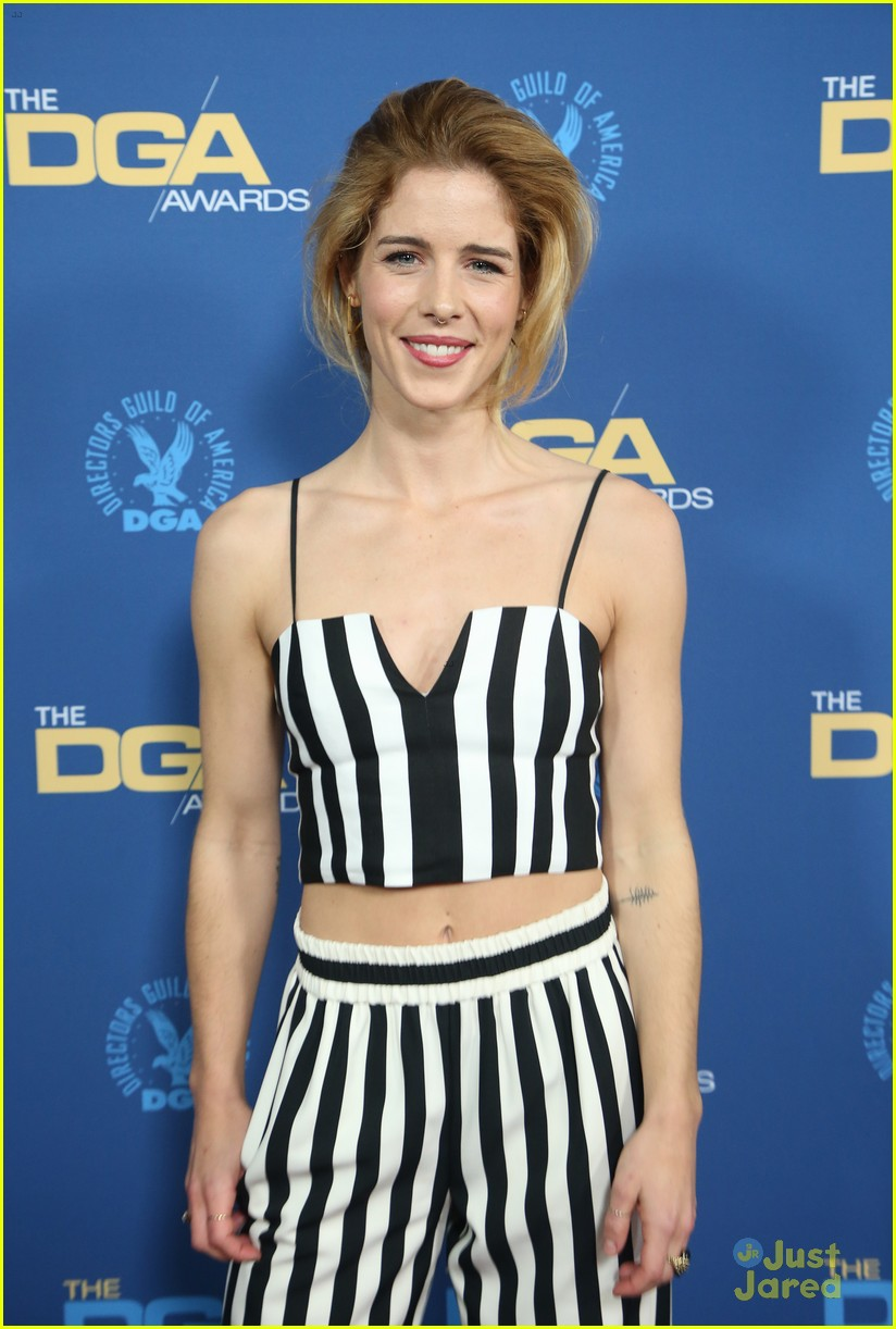 2019 Emily Bett nude (91 foto and video), Topless, Paparazzi, Twitter, see through 2006