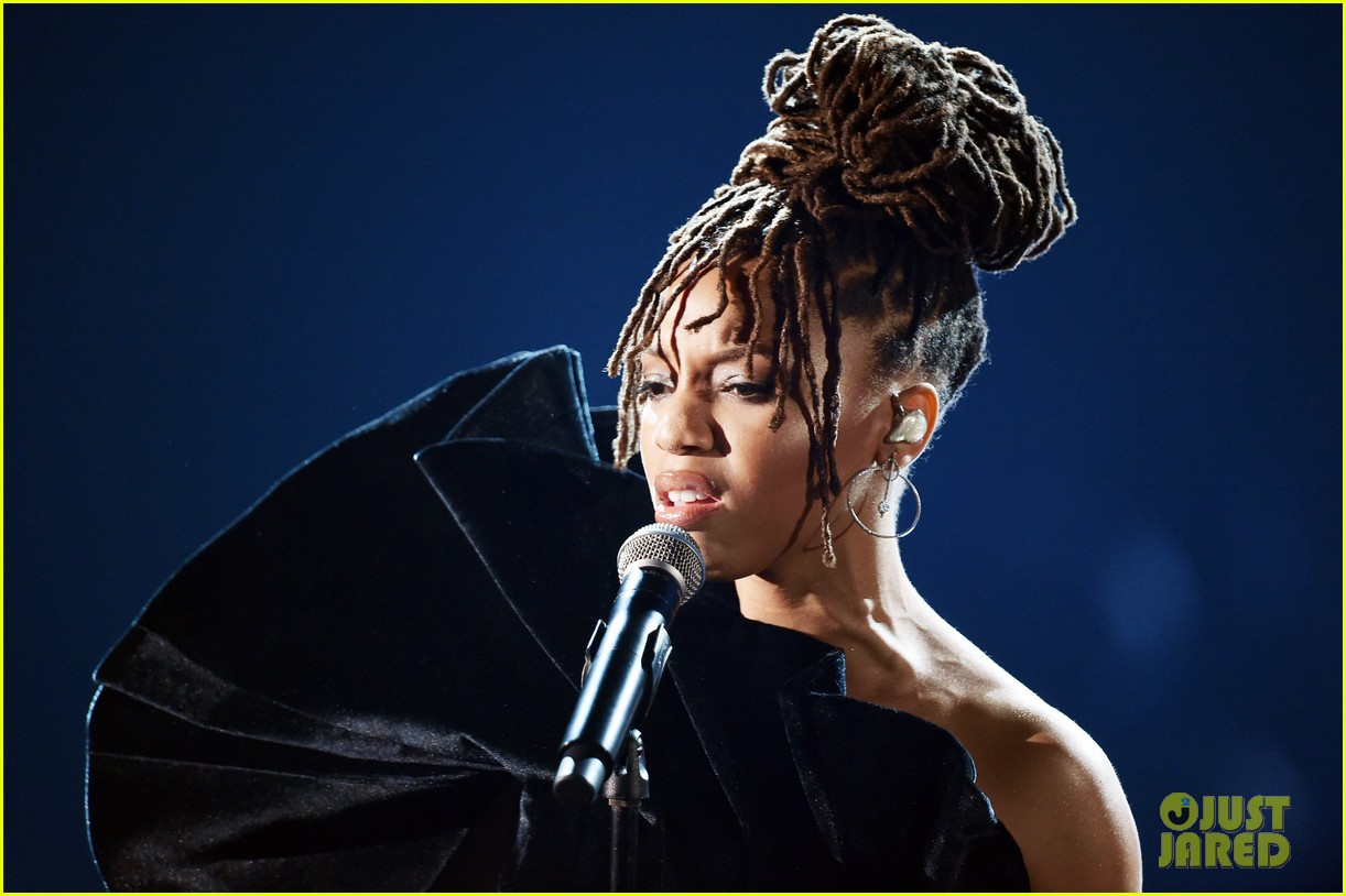 chloe x halle perform where is the love at grammys 04