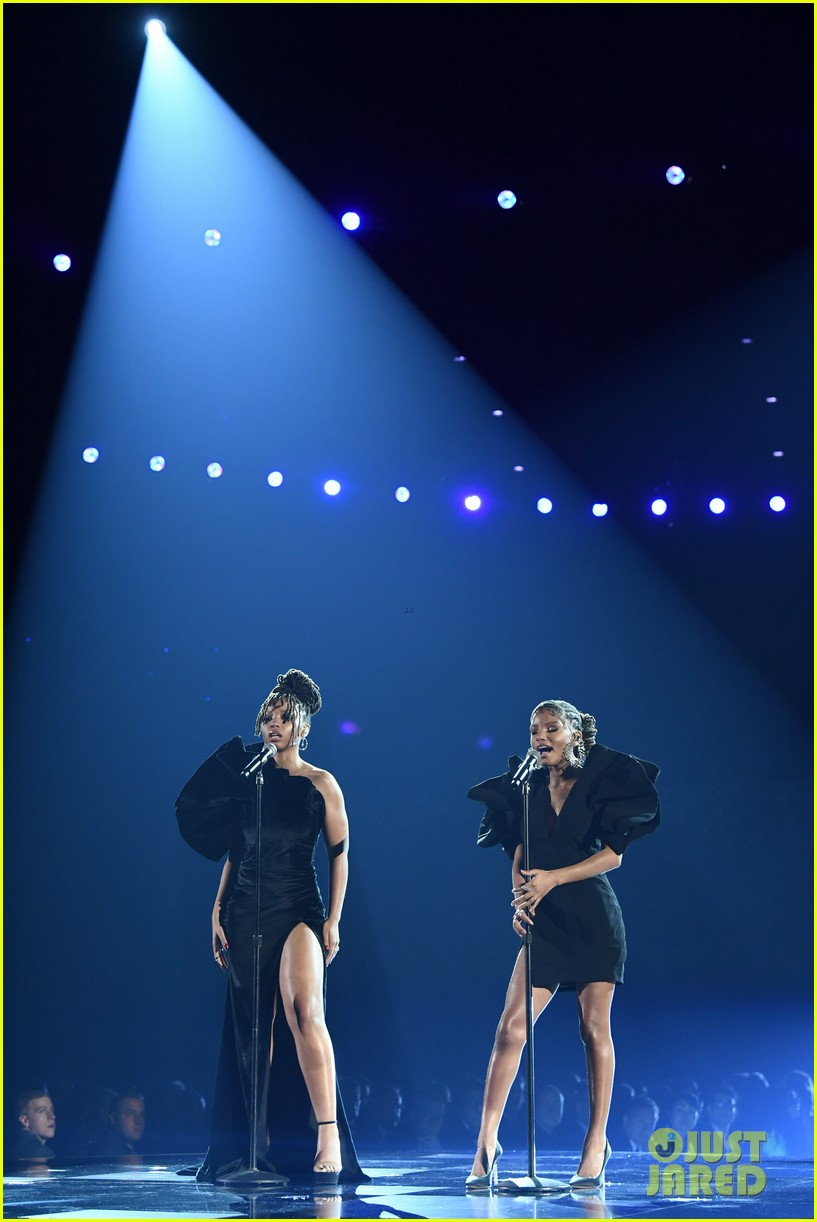 chloe x halle perform where is the love at grammys 05