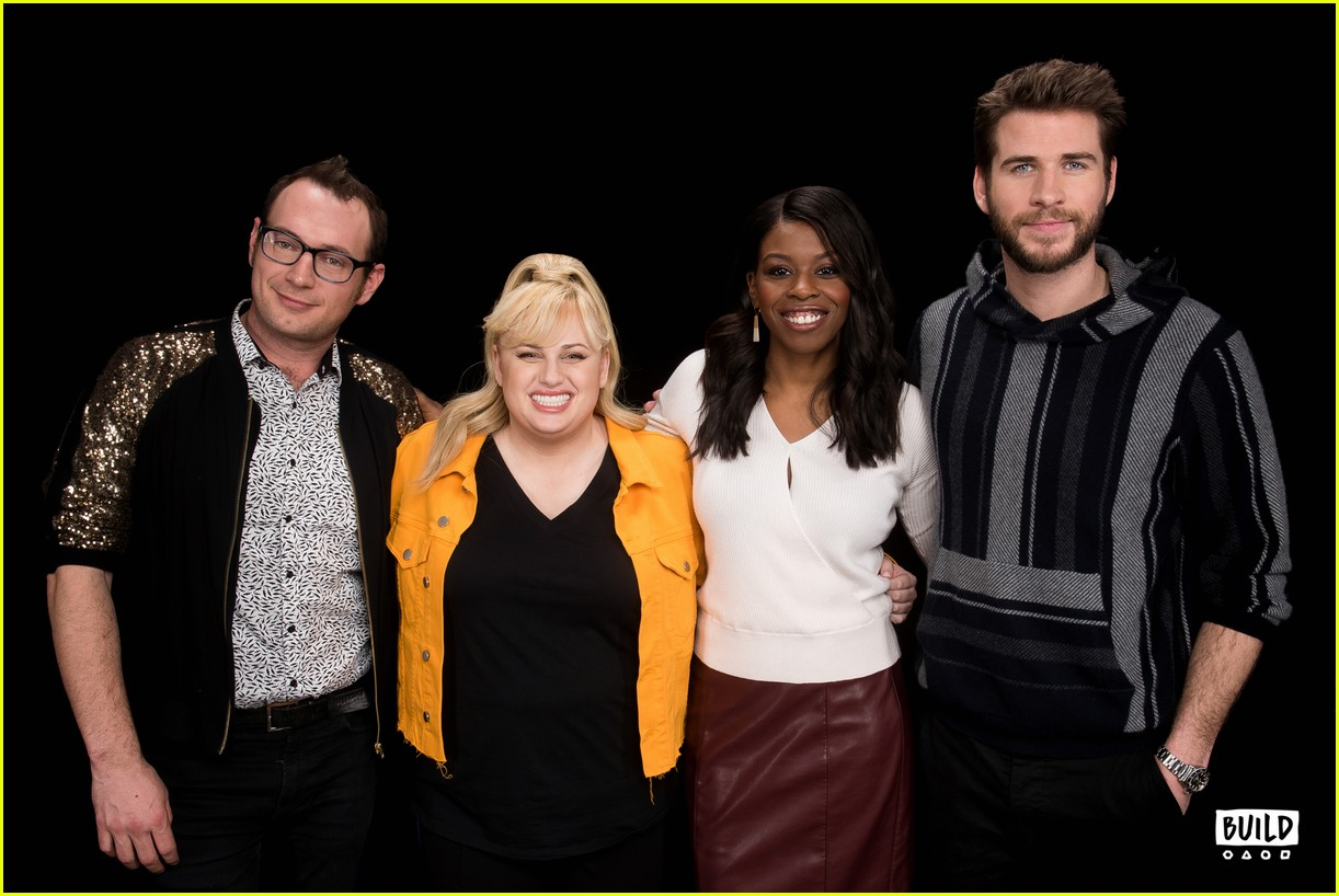 liam hemsworth is such a gentleman according to rebel wilson 06