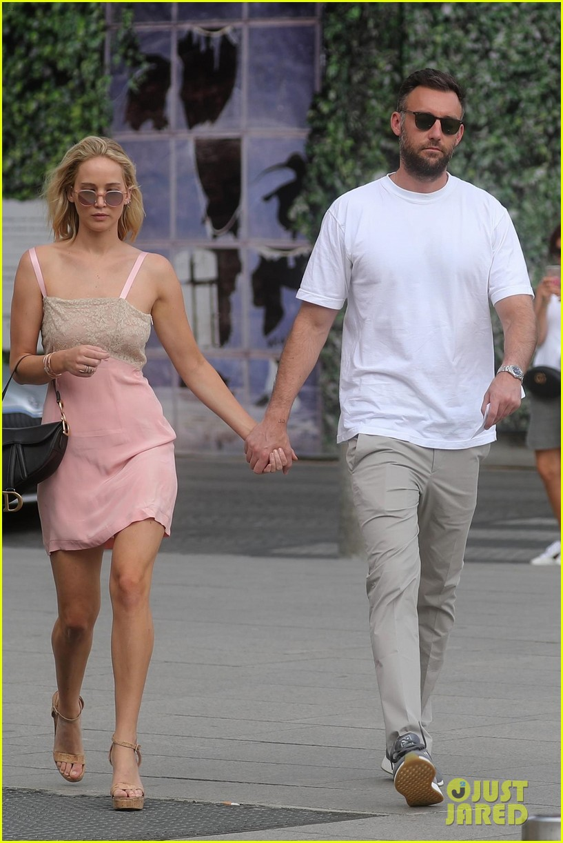 Is Jennifer Lawrence Engaged to Cooke Maroney? | Photo ...