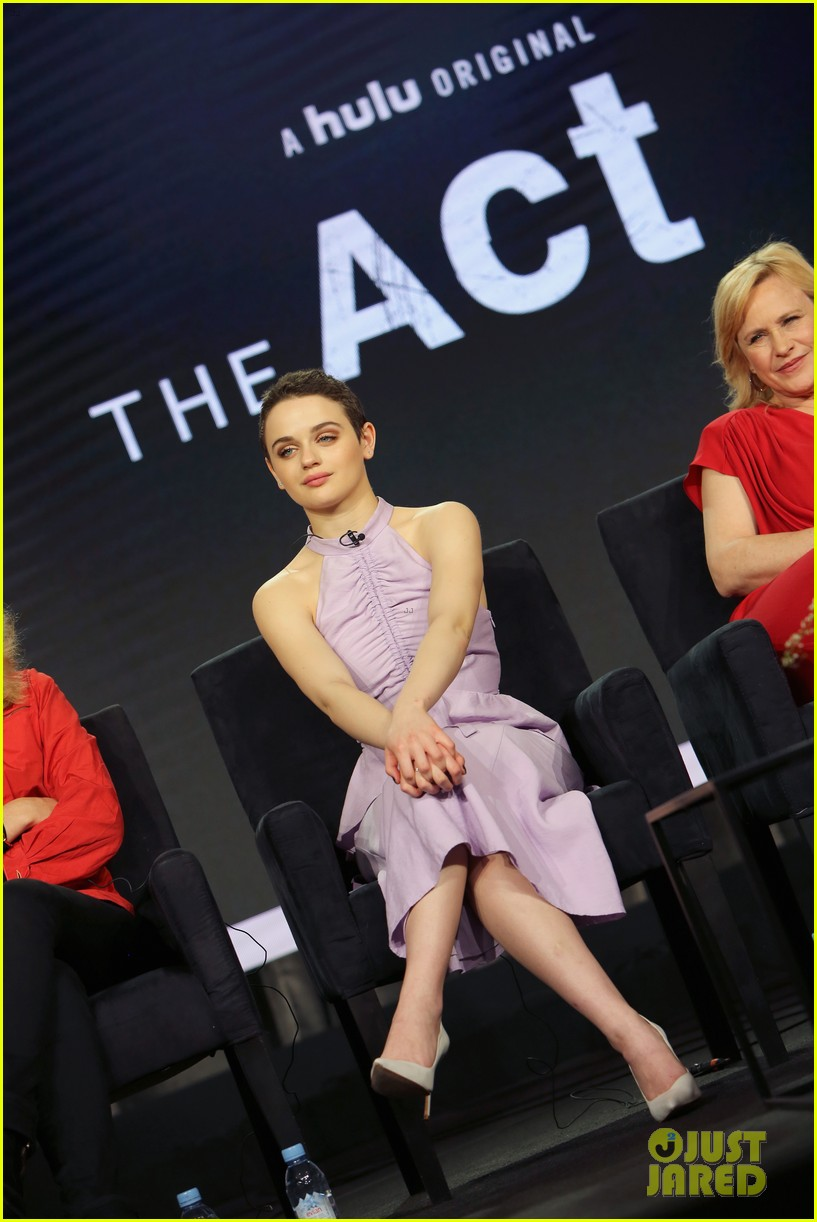 joey king the act hulu tca tour 02