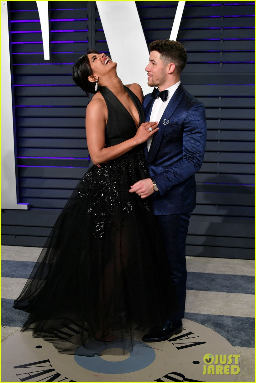 Nick Amp Joe Jonas Amp Their Leading Ladies Step Out For Oscars Party Photo 1218707 Photo