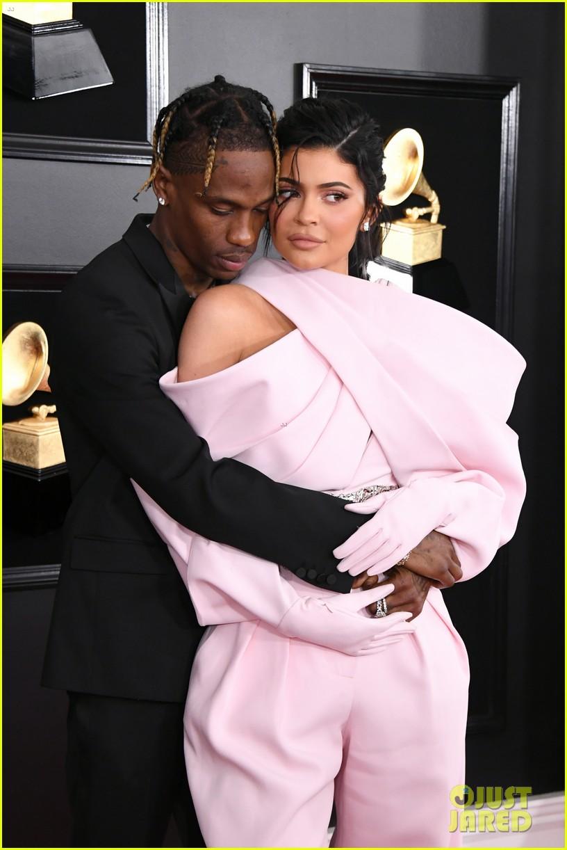 Travis Scott dikabarkan berselingkuh dari Kylie Jenner (dok. Just Jared)