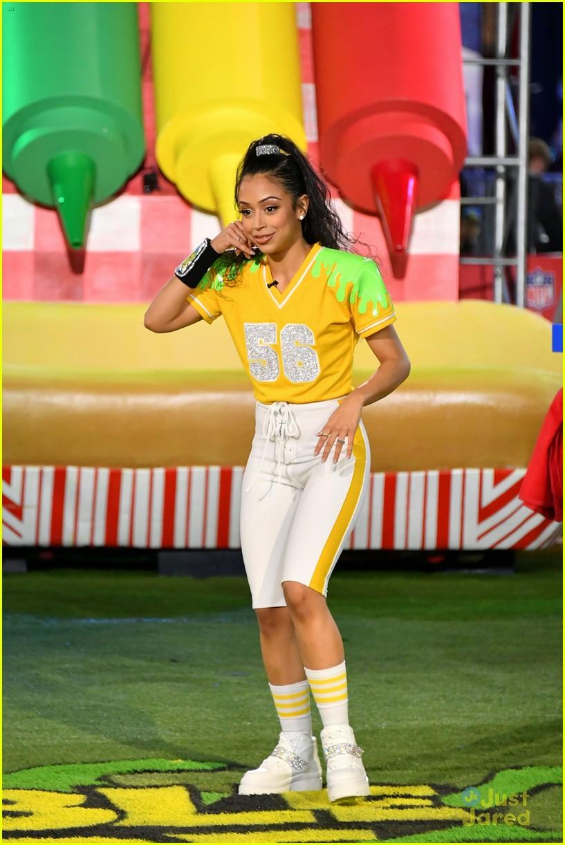 liza koshy double dare football slime event 06