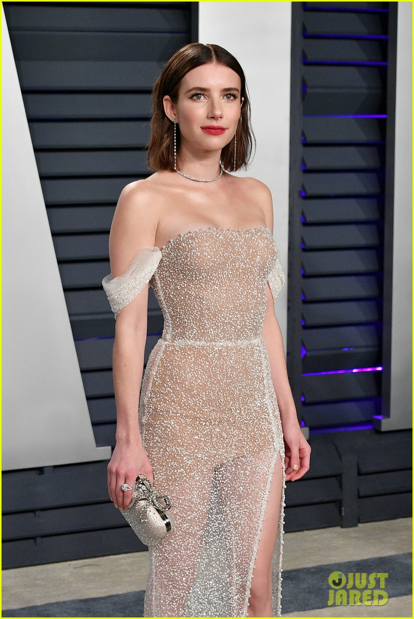 shailene woodley emma roberts and chloe moretz get glam for vanity fairs oscars 2019 party 05