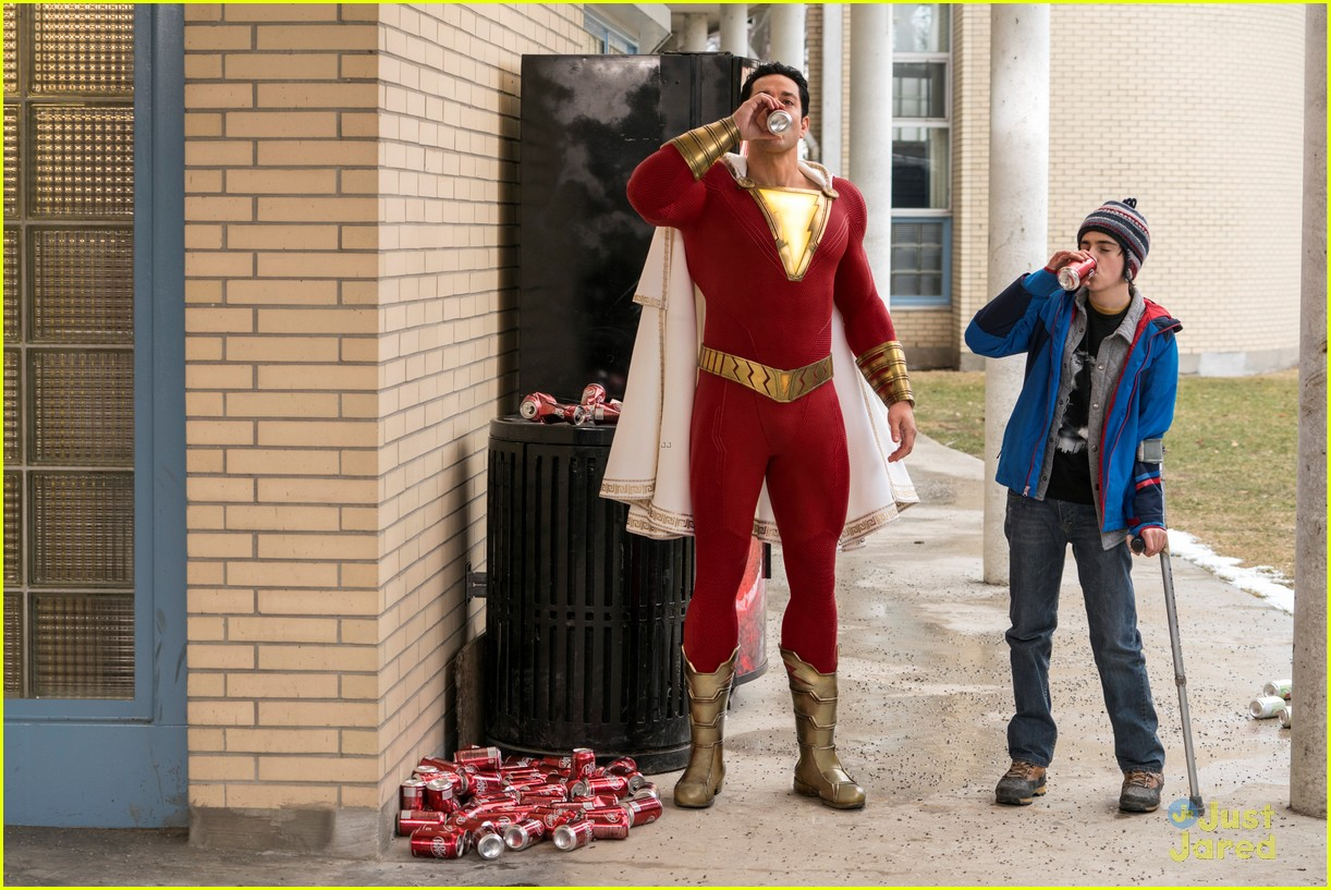 asher angel new shazam stills 03.