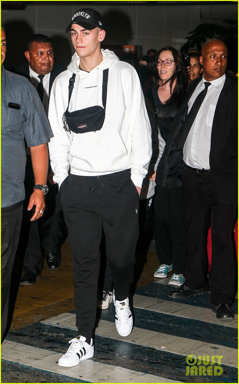 hero fiennes tiffin arrives in brazil for after premiere 01
