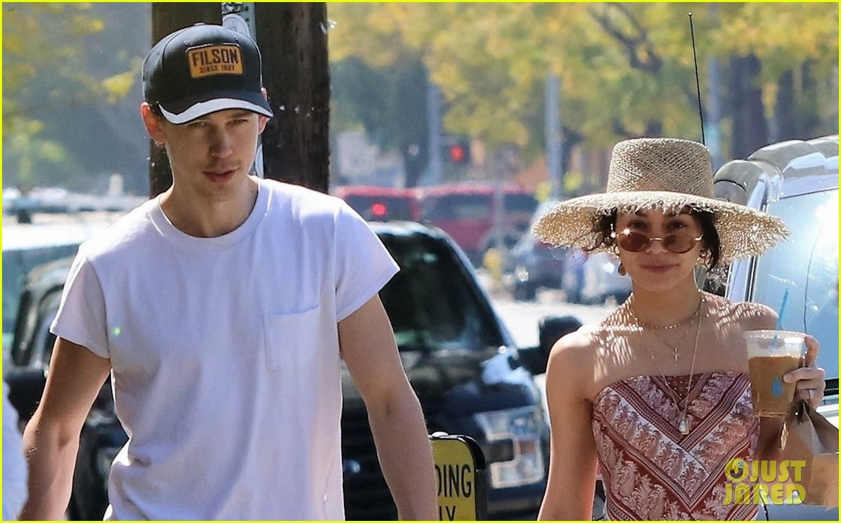vanessa hudgens goes boho chic for lunch with austin butler 04
