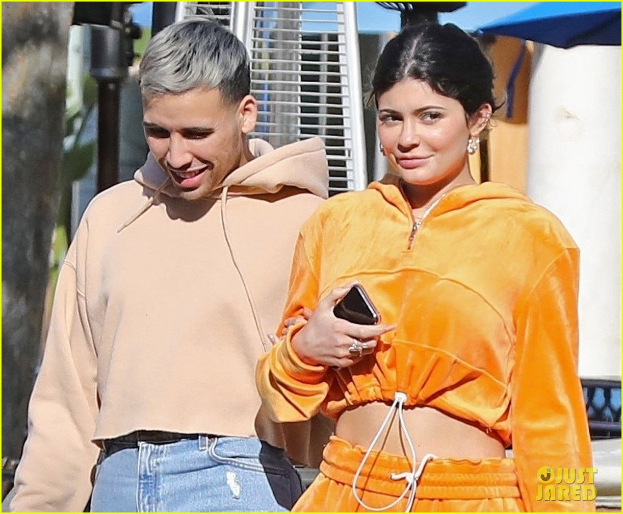 kylie jenner sports orange track suit for lunch at sugar fish 02