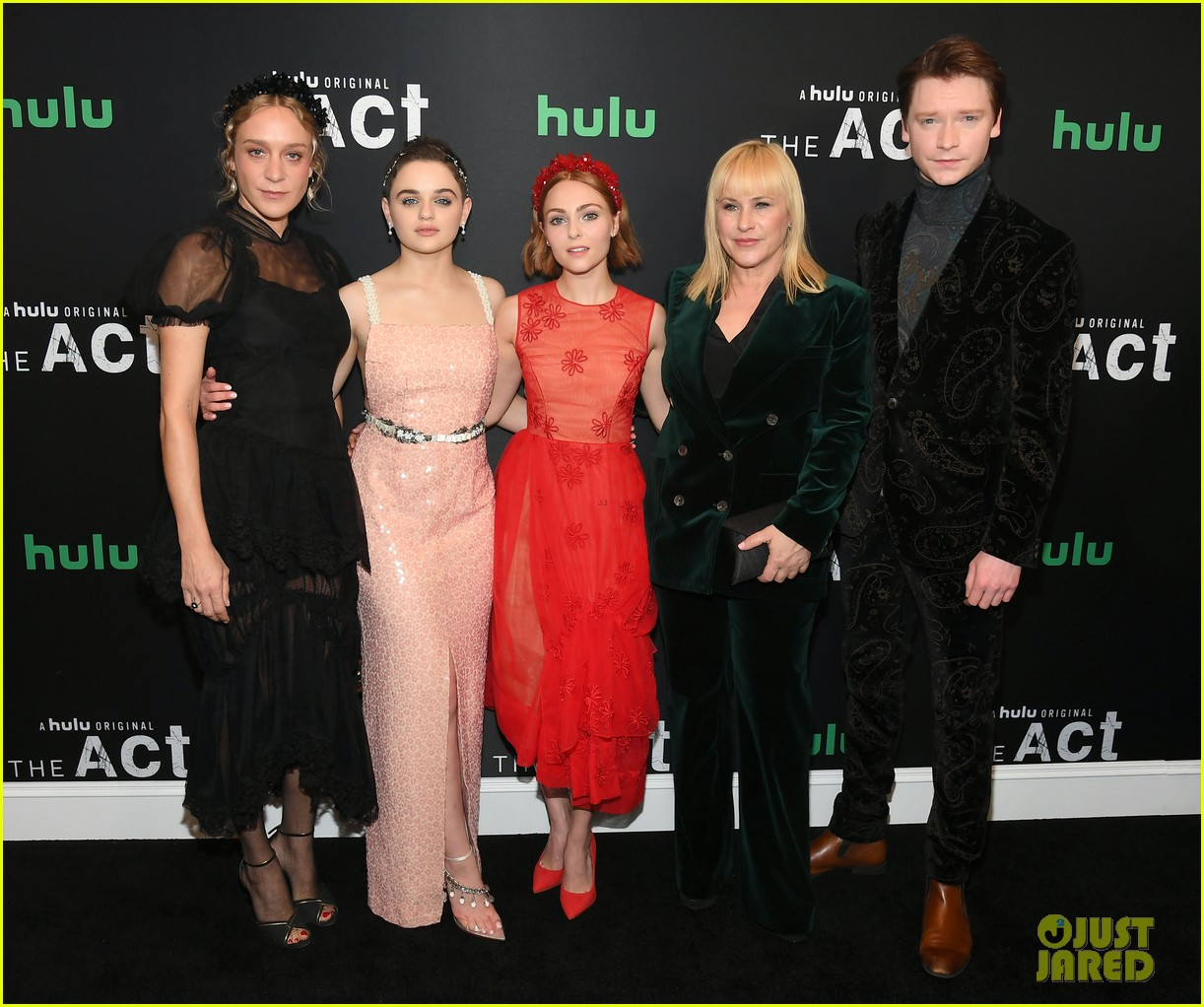 joey king patricia arquette the act nyc premiere 03