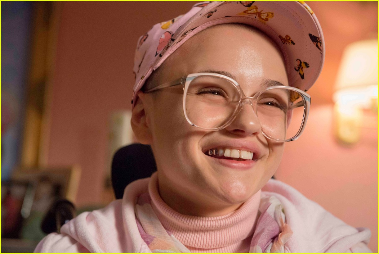 joey king patricia arquette the act 02