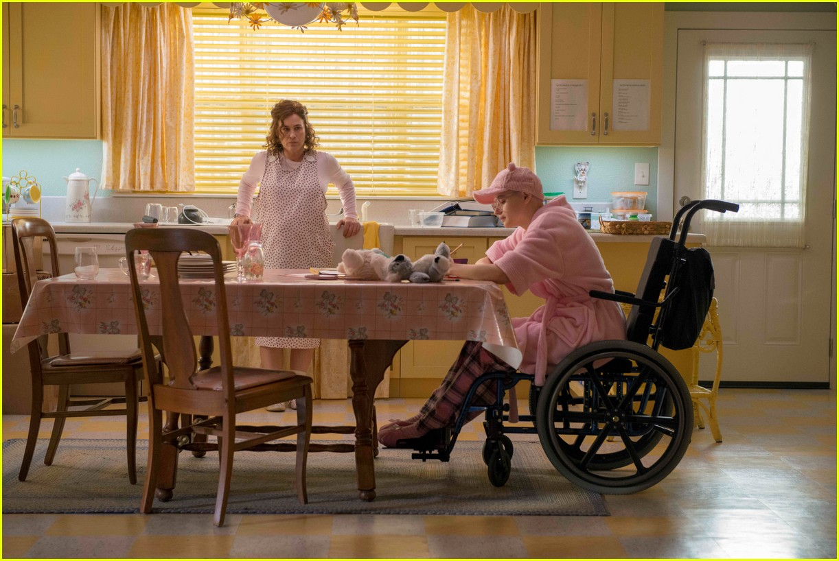 joey king patricia arquette the act 18