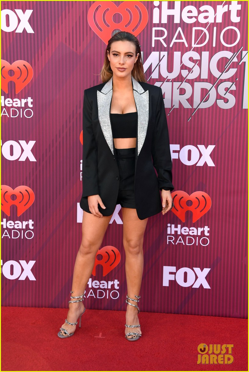 lele pons sparkles at the iheartradio music awards 2019 04