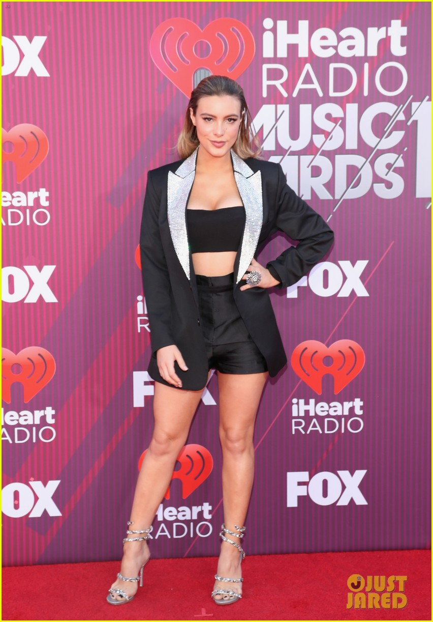 lele pons sparkles at the iheartradio music awards 2019 05