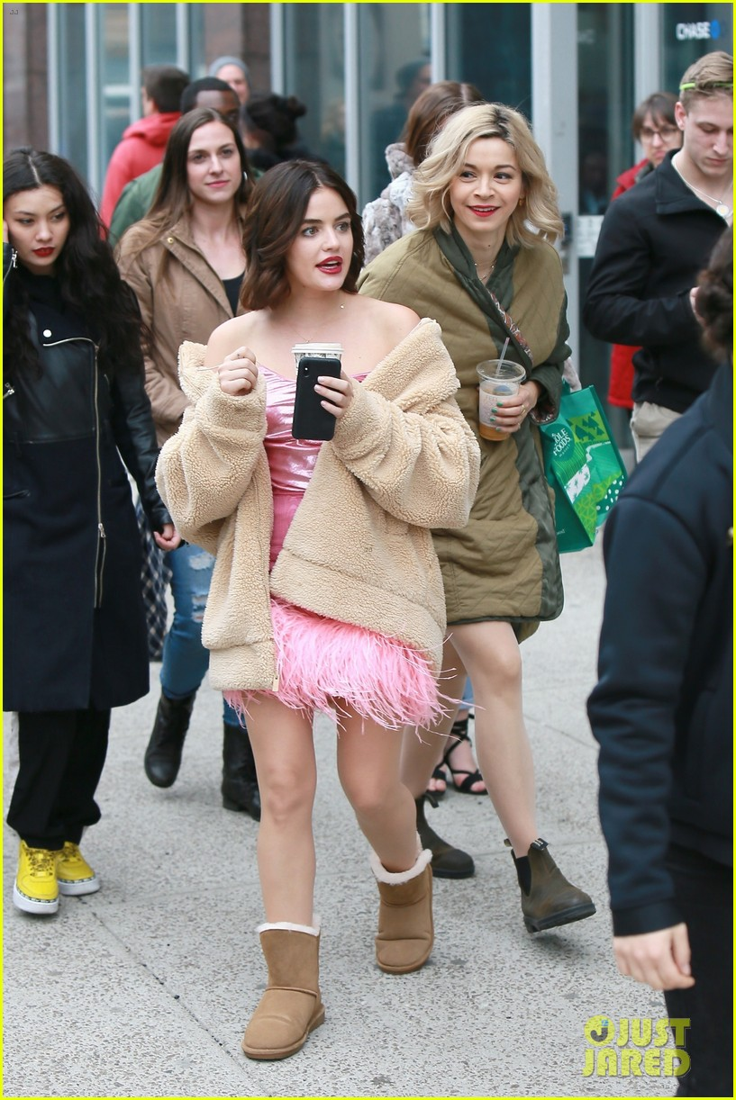 lucy hale ashleigh murray katy filming nyc 02