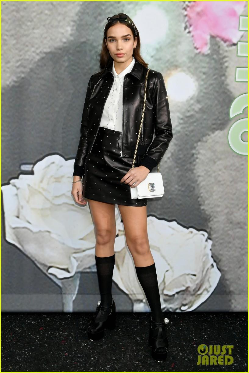 miu miu fashion show paris 10