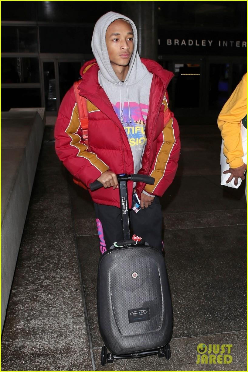 jaden smith jet home from paris fashion week 03