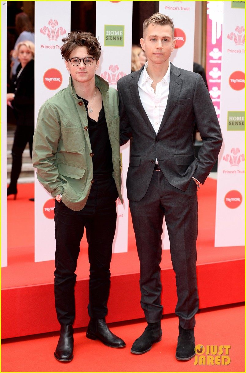 the vamps brad simpson james mcvey join nathan sykes at princes trust 04