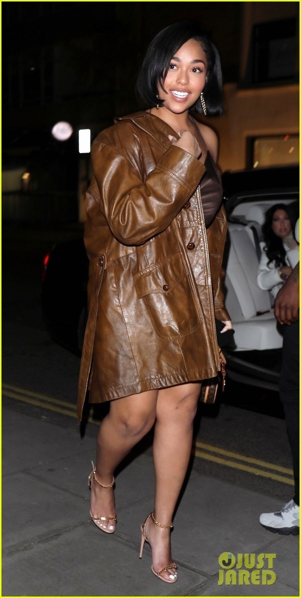 jordyn woods glows in gold while out for dinner in london 03